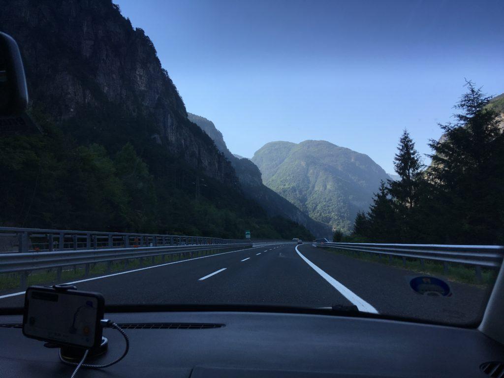 Cesta přes Itálii
