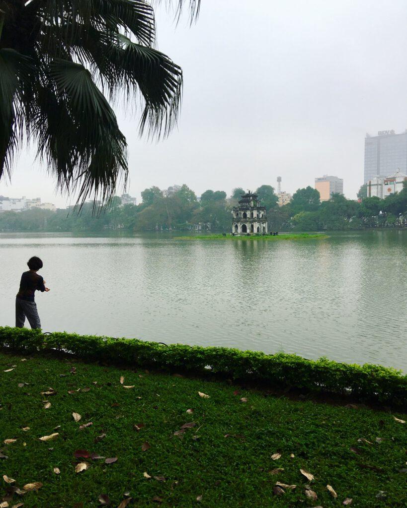 Jezero v Hanoji